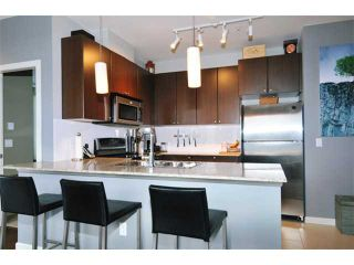 """Photo 2: 204 2477 KELLY Avenue in Port Coquitlam: Central Pt Coquitlam Condo for sale in """"SOUTH VERDE"""" : MLS®# V985457"""