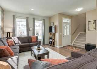 Photo 4: 44 ELGIN MEADOWS Manor SE in Calgary: McKenzie Towne Detached for sale : MLS®# A1103967