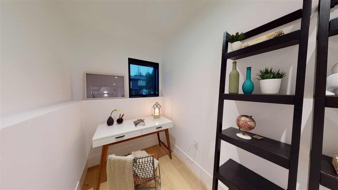Photo 16: Photos: 1914 GRAVELEY Street in Vancouver: Grandview Woodland 1/2 Duplex for sale (Vancouver East)  : MLS®# R2535206