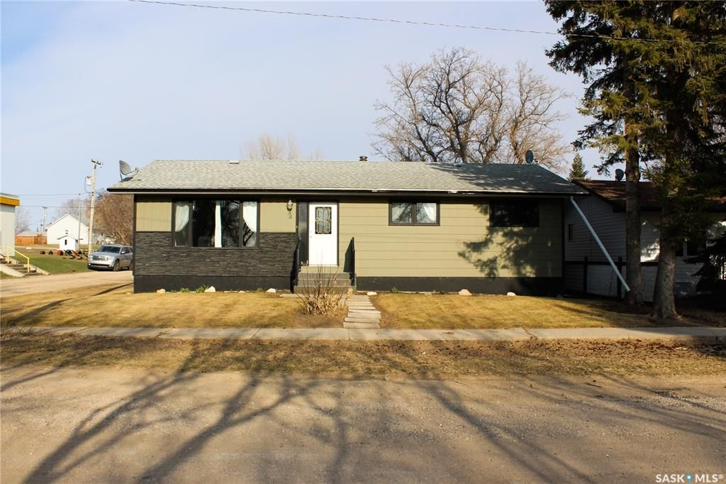 Main Photo: 58 Government Road in Prud'homme: Residential for sale : MLS®# SK851259