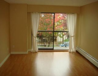"Photo 8: 588 E 5TH Ave in Vancouver: Mount Pleasant VE Condo for sale in ""MCGREGOR HOUSE"" (Vancouver East)  : MLS®# V616777"