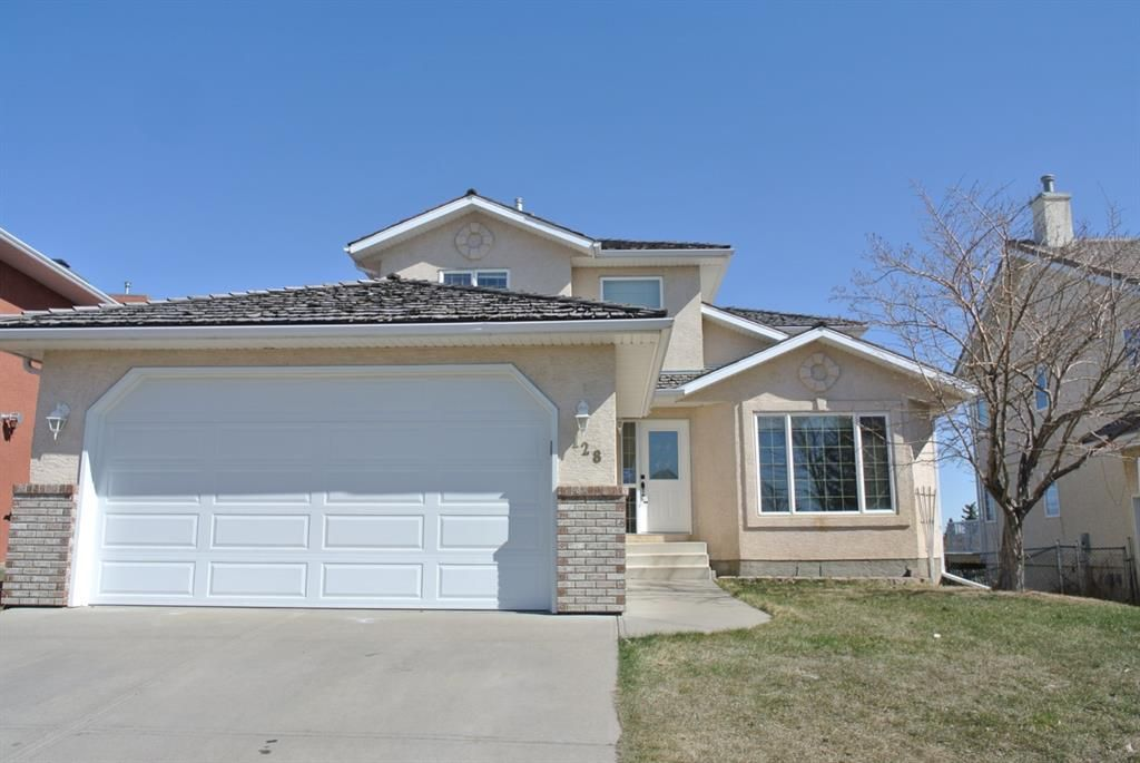 Main Photo: 128 Lakeside Greens Drive: Chestermere Detached for sale : MLS®# A1070706
