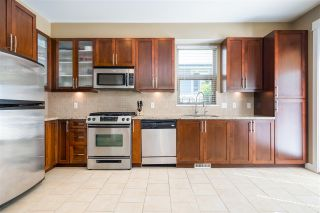 Photo 8: 327 E 15TH STREET in North Vancouver: Central Lonsdale Townhouse for sale : MLS®# R2494797