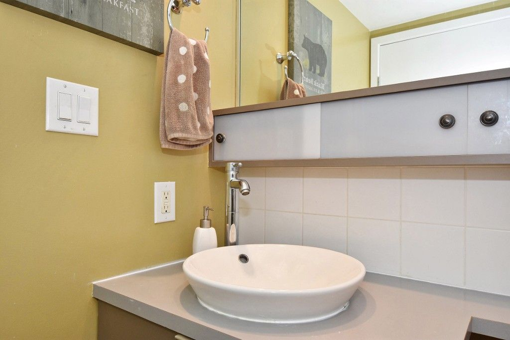 """Photo 14: Photos: 1708 928 BEATTY Street in Vancouver: Yaletown Condo for sale in """"MAX 1"""" (Vancouver West)  : MLS®# R2165040"""