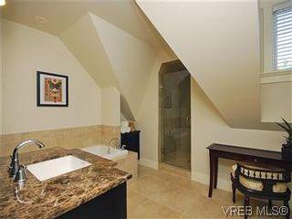 Photo 16: 19 675 Superior St in VICTORIA: Vi James Bay Row/Townhouse for sale (Victoria)  : MLS®# 581511
