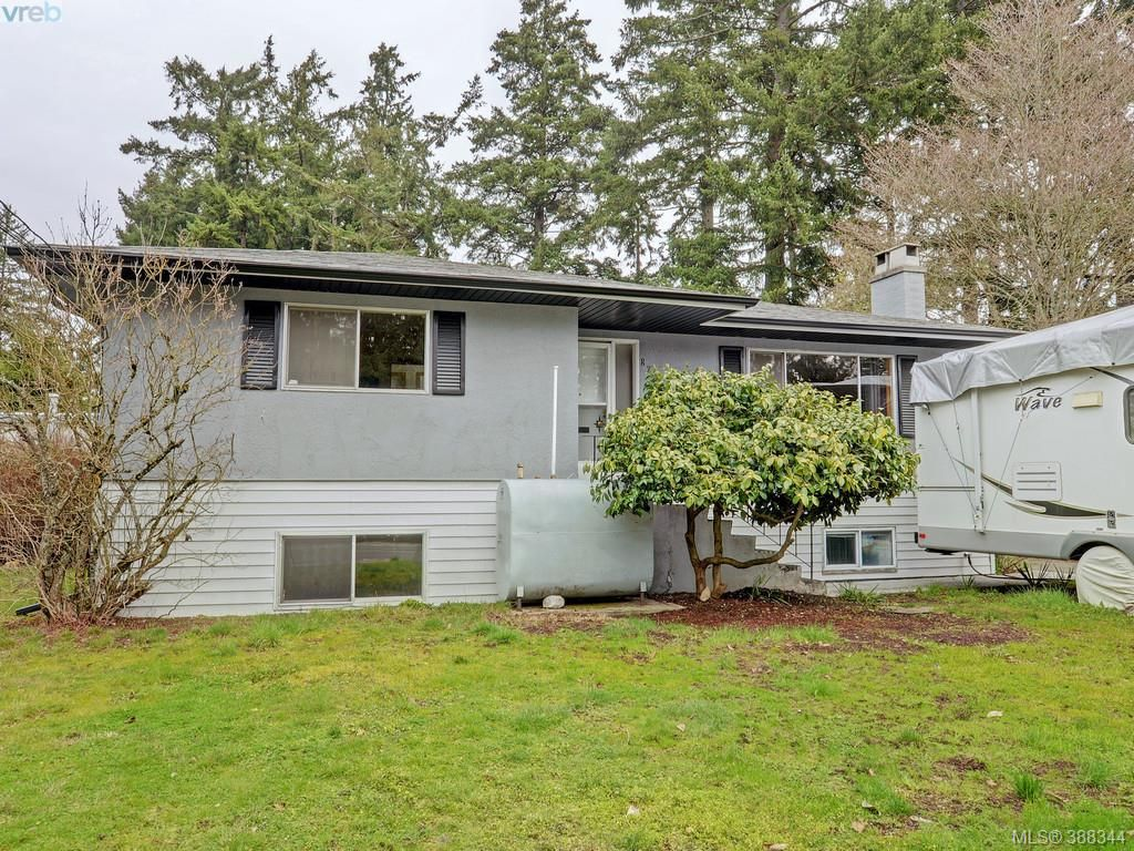 Main Photo: 824 orono Ave in VICTORIA: La Langford Proper House for sale (Langford)  : MLS®# 780409
