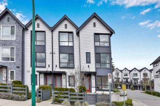 """Photo 3: 44 19159 WATKINS Drive in Surrey: Clayton Townhouse for sale in """"Clayton Market by MOSAIC"""" (Cloverdale)  : MLS®# R2559181"""