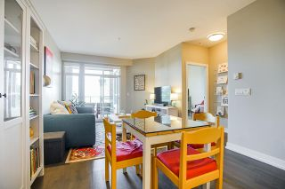 "Photo 10: 405 1420 JOHNSTON Road: White Rock Condo for sale in ""Saltaire"" (South Surrey White Rock)  : MLS®# R2505257"