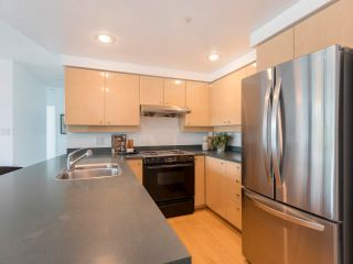 Photo 15: 305 1009 EXPO BOULEVARD in Vancouver: Yaletown Condo for sale (Vancouver West)  : MLS®# R2575432