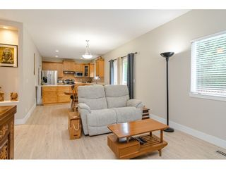 """Photo 9: 18186 66A Avenue in Surrey: Cloverdale BC House for sale in """"The Vineyards"""" (Cloverdale)  : MLS®# R2510236"""