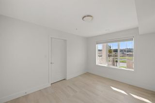 Photo 5: 117 3501 Dunlin St in : Co Royal Bay Row/Townhouse for sale (Colwood)  : MLS®# 888023