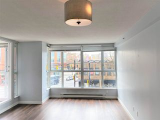 Photo 1: 309 288 E 8TH Avenue in Vancouver: Mount Pleasant VE Condo for sale (Vancouver East)  : MLS®# R2533347