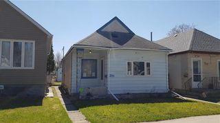 Photo 1: 286 Semple Avenue in Winnipeg: West Kildonan Residential for sale (4D)  : MLS®# 202009914
