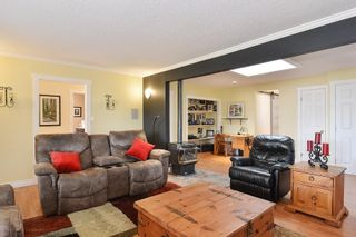 """Photo 2: 1189 164 Street in Surrey: King George Corridor House for sale in """"Meridian"""" (South Surrey White Rock)  : MLS®# R2154808"""