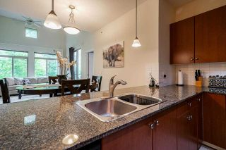 """Photo 16: 424 10180 153 Street in Surrey: Guildford Condo for sale in """"Charleton Park"""" (North Surrey)  : MLS®# R2582577"""