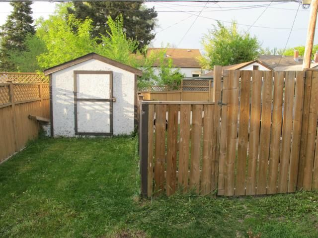 Photo 5: Photos:  in WINNIPEG: East Kildonan Residential for sale (North East Winnipeg)  : MLS®# 1210099