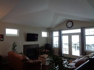 Photo 12: 2033 Saddleback Drive in Kamloops: Batchelor Heights House for sale : MLS®# 132379