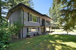 """Photo 3: 3293 BEVERLEY Crescent in Abbotsford: Abbotsford East House for sale in """"Ten Oaks"""" : MLS®# R2596696"""