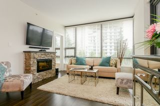 "Photo 3: 706 301 CAPILANO Road in Port Moody: Port Moody Centre Condo for sale in ""THE RESIDENCES"" : MLS®# R2558643"