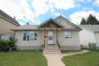 Photo 1: 1122 Garfield Street in Winnipeg: Sargent Park Residential for sale (5C)  : MLS®# 202013131