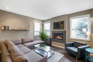Photo 9: 805 23 Avenue NW in Calgary: Mount Pleasant Semi Detached for sale : MLS®# A1070023
