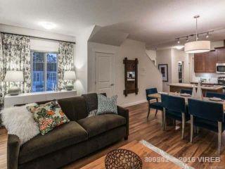 Photo 3: 163 1720 Dufferin Cres in NANAIMO: Na Central Nanaimo Row/Townhouse for sale (Nanaimo)  : MLS®# 724867