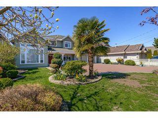 Photo 2: 8591 GARDEN CITY Road in Richmond: Garden City House for sale : MLS®# R2566678