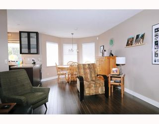 """Photo 6: 2773 GOLDSTREAM in Coquitlam: Coquitlam East House for sale in """"RIVER HEIGHTS"""" : MLS®# V750808"""