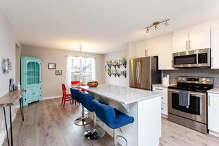 Photo 3: 382 Legacy Village Way SE in Calgary: Legacy Row/Townhouse for sale : MLS®# A1071206
