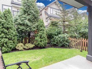 """Photo 16: 24 19932 70 Avenue in Langley: Willoughby Heights Townhouse for sale in """"SUMMERWOOD"""" : MLS®# R2308765"""