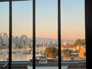 """Photo 2: 22 1201 LAMEY'S MILL Road in Vancouver: False Creek Condo for sale in """"Alder Bay Place"""" (Vancouver West)  : MLS®# R2597310"""