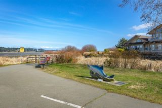 Photo 48: 307 199 31st St in : CV Courtenay City Condo for sale (Comox Valley)  : MLS®# 871437