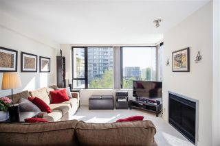 """Photo 12: 403 151 W 2ND Street in North Vancouver: Lower Lonsdale Condo for sale in """"SKY"""" : MLS®# R2389638"""