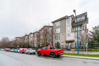 "Photo 3: 215 2343 ATKINS Avenue in Port Coquitlam: Central Pt Coquitlam Condo for sale in ""Pearl"" : MLS®# R2542020"