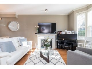 """Photo 4: 1 33321 GEORGE FERGUSON Way in Abbotsford: Central Abbotsford Townhouse for sale in """"Cedar Lane"""" : MLS®# R2438184"""