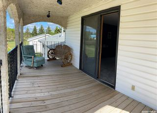 Photo 1: 106 4th Avenue in Lintlaw: Residential for sale : MLS®# SK812863