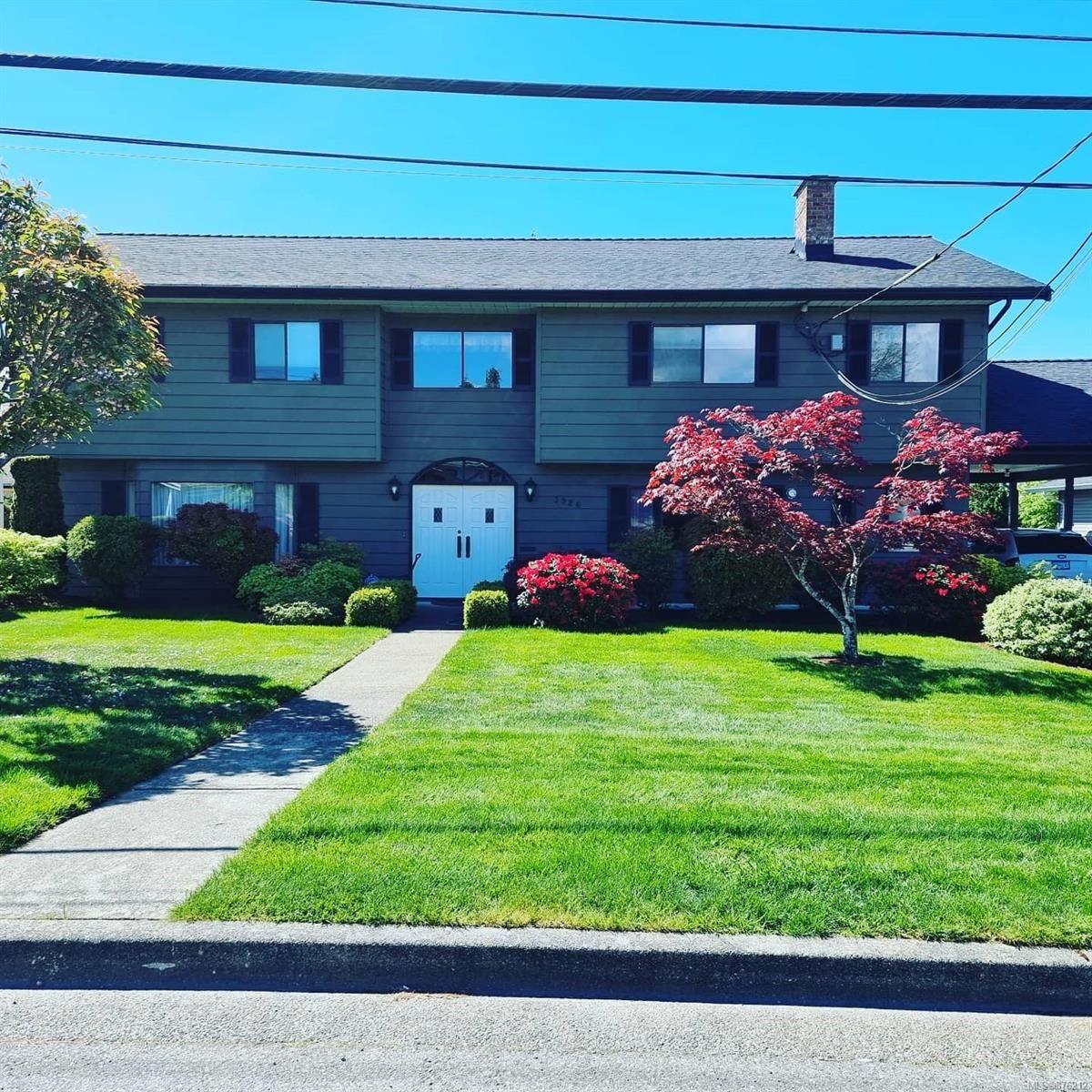 Main Photo: 3926 Compton Rd in : PA Port Alberni House for sale (Port Alberni)  : MLS®# 876212