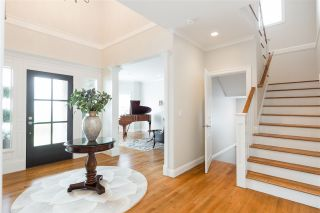 Photo 2: 628 E 17TH STREET in North Vancouver: Boulevard House for sale : MLS®# R2385246