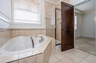 Photo 35: 6868 CLEVEDON Drive in Surrey: West Newton House for sale : MLS®# R2490841