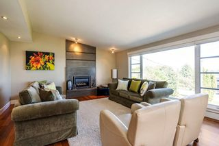 Photo 4: 1031 BALSAM STREET: White Rock House for sale (South Surrey White Rock)  : MLS®# R2268963