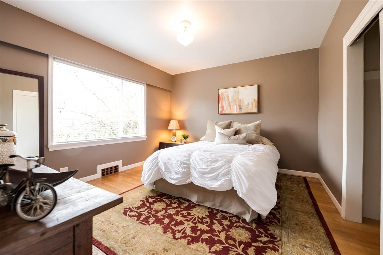 Photo 14: Photos: 438 E 37TH AVENUE in Vancouver: Fraser VE House for sale (Vancouver East)  : MLS®# R2220186