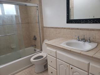 Photo 12: LA JOLLA House for sale : 4 bedrooms : 2056 Torrey Pines Rd