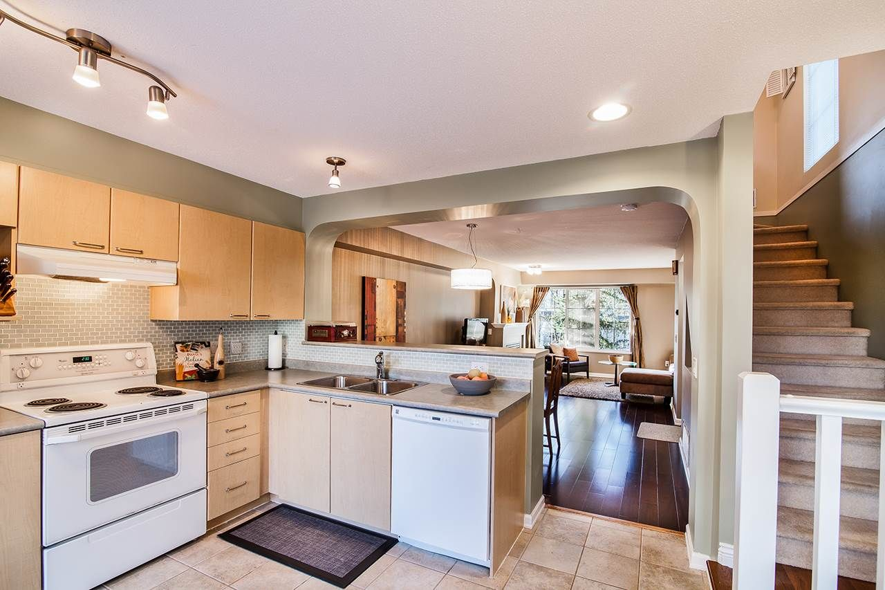 """Photo 9: Photos: 83 12778 66 Avenue in Surrey: West Newton Townhouse for sale in """"Hathaway Village"""" : MLS®# R2130241"""