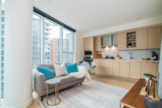 Photo 5: 1081 87 NELSON Street in Vancouver: Yaletown Condo for sale (Vancouver West)  : MLS®# R2541660