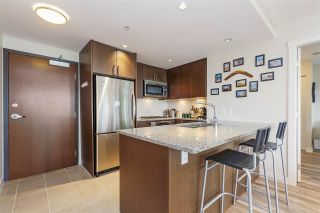 """Photo 4: 607 2978 GLEN Drive in Coquitlam: North Coquitlam Condo for sale in """"GRAND CENTRAL"""" : MLS®# R2302691"""