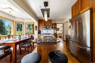 Photo 4: 1869 Fern Rd in : CV Courtenay North House for sale (Comox Valley)  : MLS®# 881523