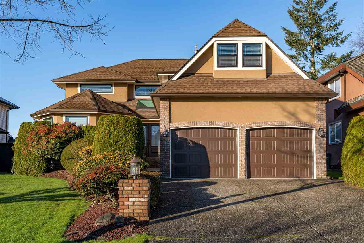 """Main Photo: 5837 189 Street in Surrey: Cloverdale BC House for sale in """"Rosewood Park"""" (Cloverdale)  : MLS®# R2535493"""