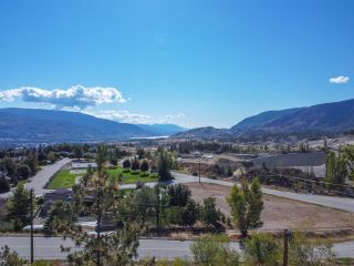 Photo 1: 2204 FORSYTH Drive, in Penticton: Vacant Land for sale : MLS®# 191558