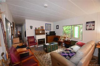 Photo 3: 131 2500 Florence Lake Rd in VICTORIA: La Florence Lake Manufactured Home for sale (Langford)  : MLS®# 822976