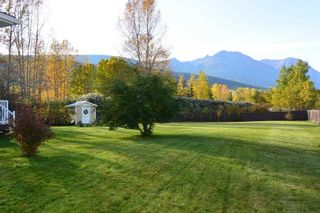 """Photo 2: 4567 ALFRED Crescent in Smithers: Smithers - Town House for sale in """"Wildwood"""" (Smithers And Area (Zone 54))  : MLS®# R2212533"""